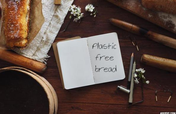 Ways to reduce plastic use: Your guide to plastic free bread